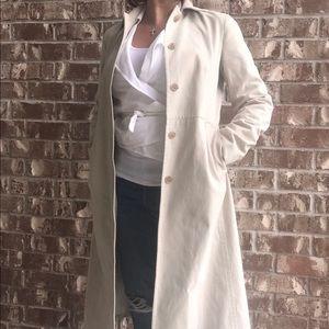 Trench jacket beige